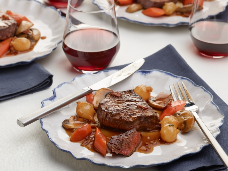 InaGarten_FiletofBeefBourguignon_H