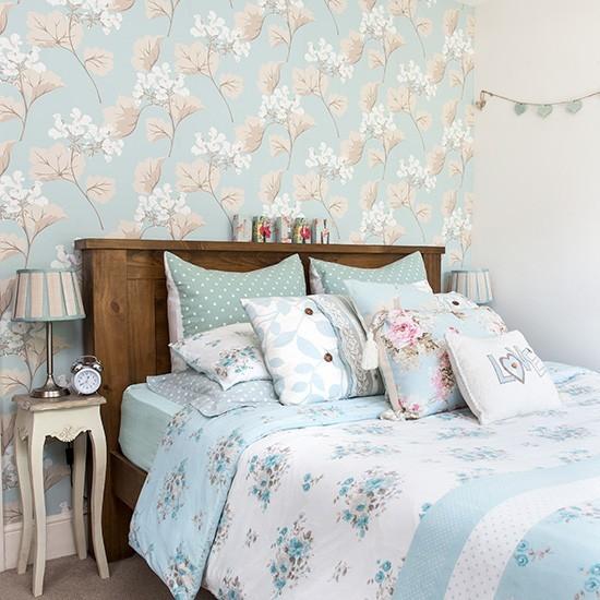 Весеннее обновление интерьера спальни