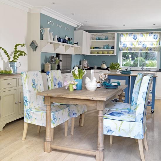 Весенний интерьер кухни фото