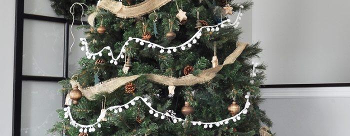 Фото 2019 года - новогодняя елка в стиле кантри