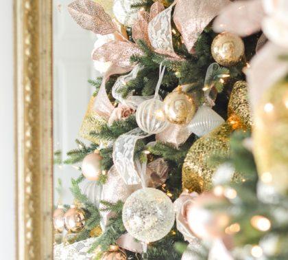 Как наряжать новогоднюю елку 2019 -фото в золотых тонах