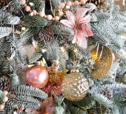 Розово-золотая елка - фото в стиле шебби-шик