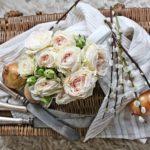 Весенние флористические композиции — фото в провинциальном духе