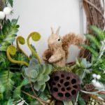 Осенний венок на дверь с белочкой — пошаговые фото