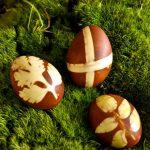 Оригинальная покраска пасхальных яиц: мастер-класс